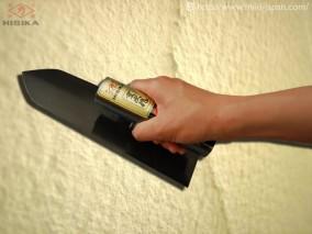 写真は240mmタイプ。淵(フチ)磨き仕上・黒檜柄
