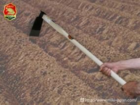 手打鍛造 大型鍬 唐鍬B 1050mm 厳選本樫柄付